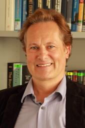 portrait of professor dr erwin ammann